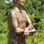 Stanley Ray Sculpture by artist kim bernadas